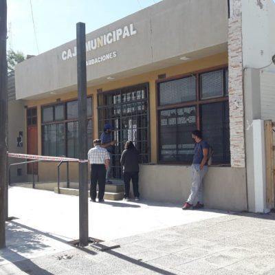 Sin atención en la caja municipal de Cutral Co