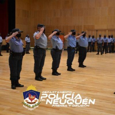 Acto de ascensos para policías de Cutral Co