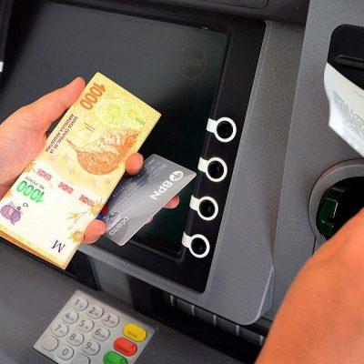 Neuquén se endeudaría en 13.500 millones de pesos para pagar a los estatales