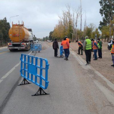 Demarcación de seguridad en el puente de ingreso al Cooperativa y en rotonda del límite