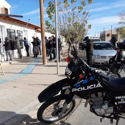 4 detenidos cerca del Hospital