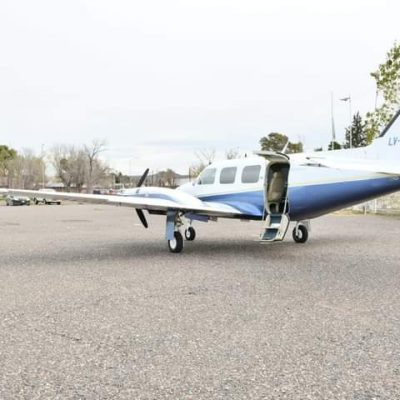 El sindico de petroleros alquiló un avión sanitario para Rincón de los Sauces