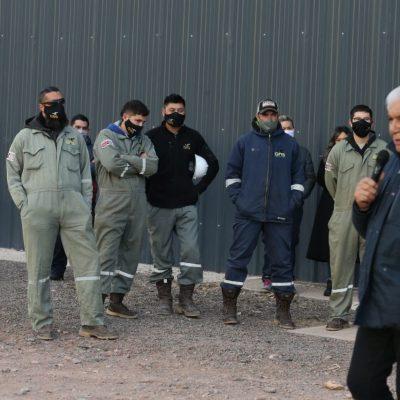 Grave denuncia de persecución laboral a petroleros