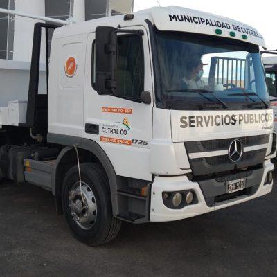 Cutral Co presentó dios nuevos camiones
