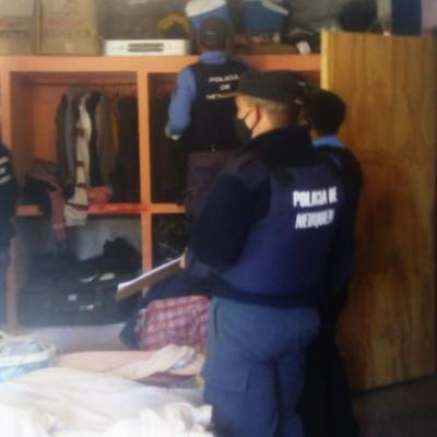 Grave denuncia por irregularidades y robo en allanamiento