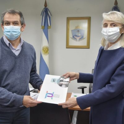 El Intendente Suárez hizo entrega de un aporte a Asociación Civil Alborada
