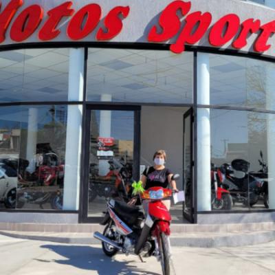 Mariela ganó la moto y comparte su alegría con la audiencia de la Fuego