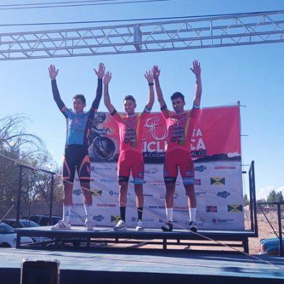 Comenzó la décima edición de la Vuelta Ciclística ciudad de Cutral Co